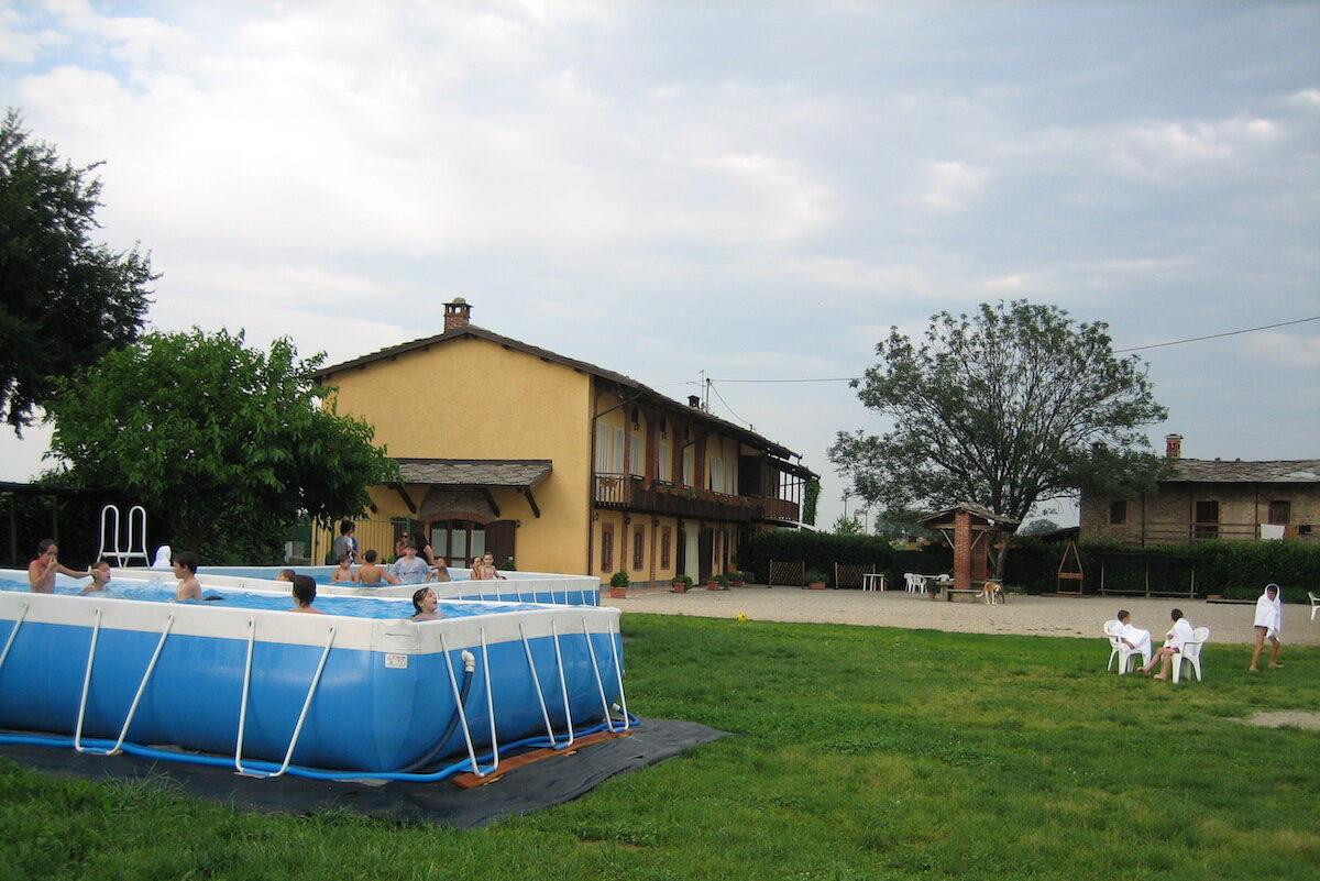 la piscina del frutto permesso agriturismo